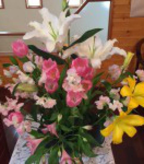 2015年4月5日(日) イースター礼拝のご案内「神の愛の出来事」