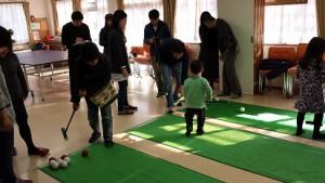 軽スポーツ大会は、パターゴルフ。教会対抗戦でした。