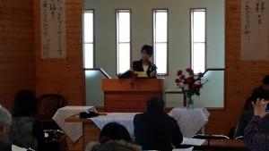 14日の礼拝は小松澤 恵先生の説教、礼拝後には「新生讃美歌に親しむ講習会」がありました。