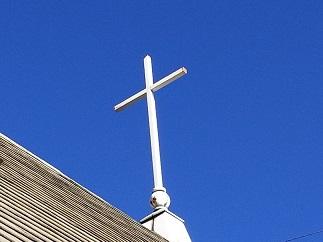 屋根の上の 十字架 悩み 苦しみ 解放 癒し